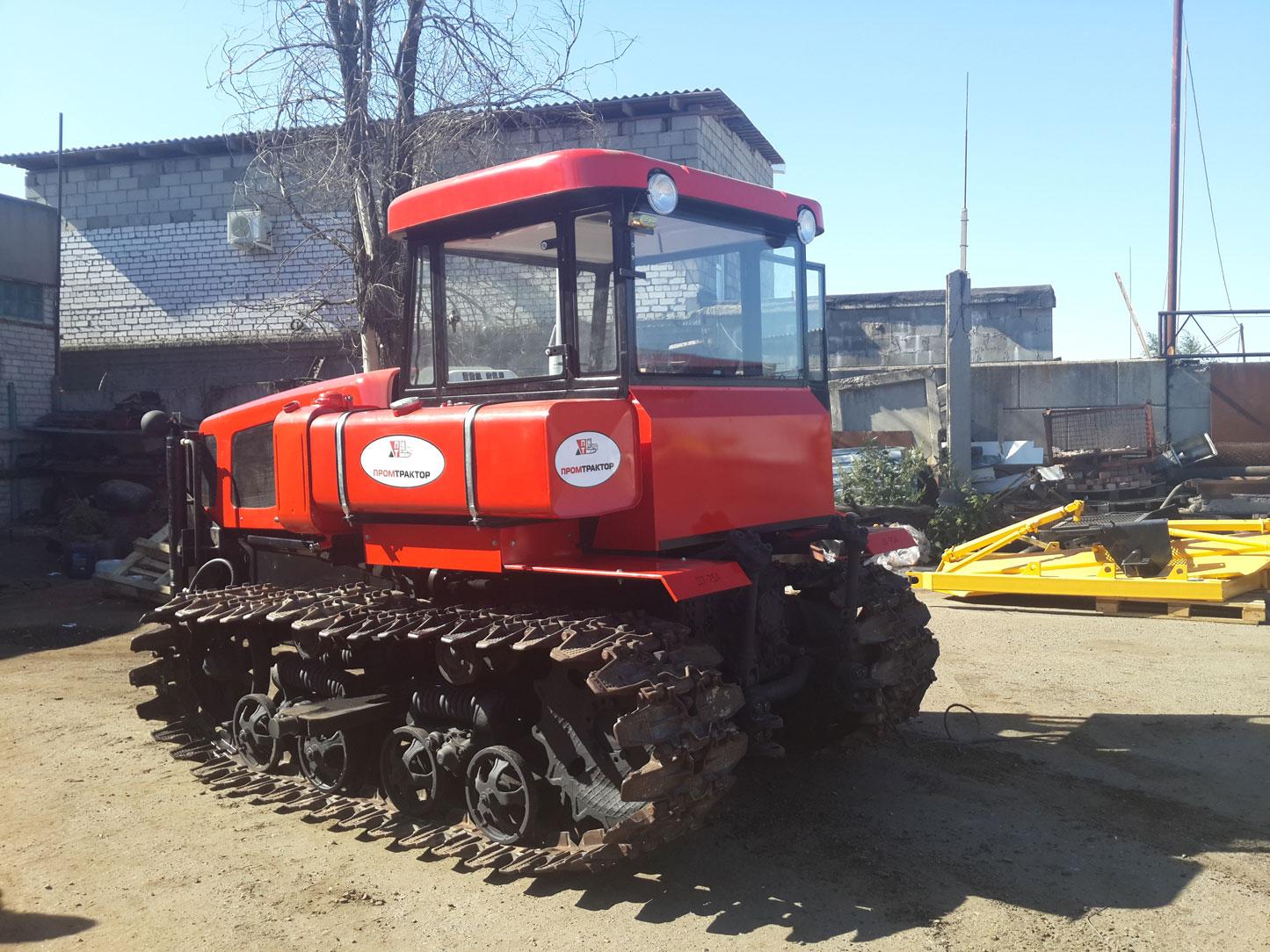 фото трактор т-75