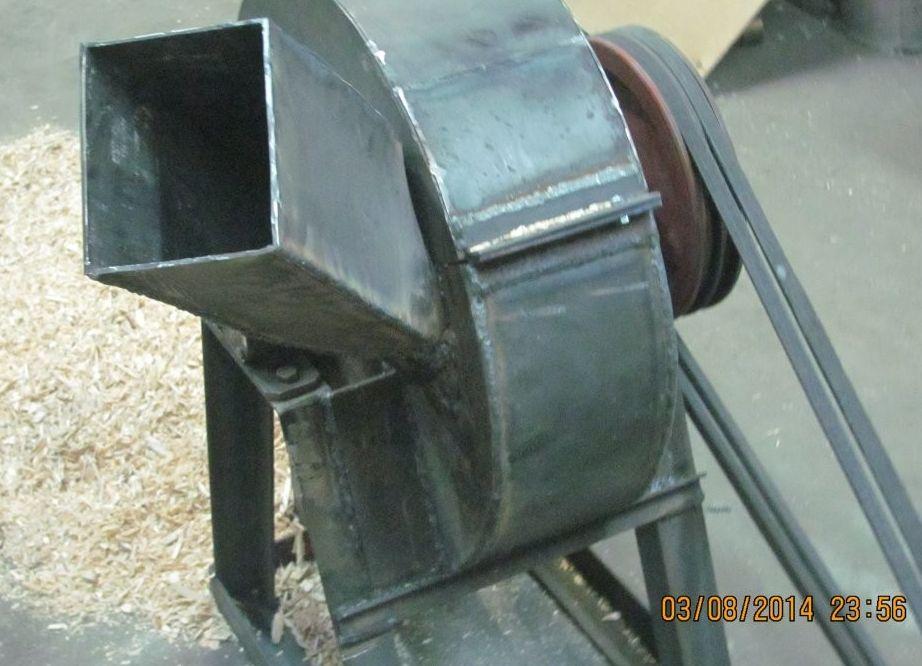 Измельчитель древесины (дробилка для измельчения): своими.