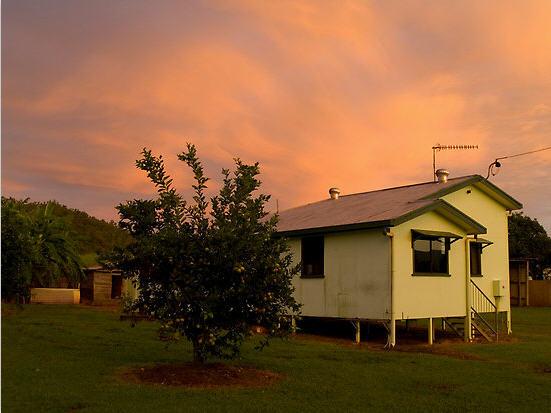 фермерский домик, восход солнца, фото