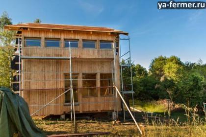 Как построить сухой и теплый дом из досок своими руками.