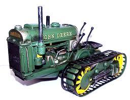 гусеничный трактор, фото