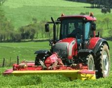 сельскохозяйственная техника и оборудование, фото