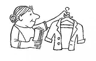 Не вешайте в шкаф только что снятую с себя шерстяную одежду