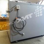 Теплокамера (большой корпусный электронагреватель) фотография