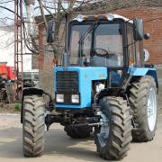 Трактор МТЗ 82.1 23/12 с балочным, усиленным мостом фото