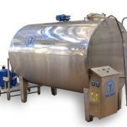 Танк-охладитель молока закрытого типа на 1000 литров