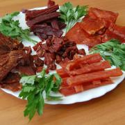 Мясо вяленое подкопчённое фото
