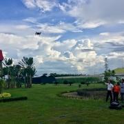 Полёт во Вьетнаме на семеноводческих полях.jpg