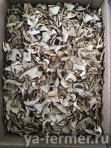 Сушеные белые грибы боровики Сибирские.